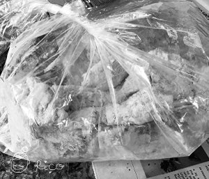 chicken wings, sason flour, in the bag