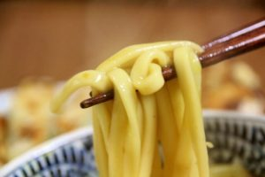 the thick chewy noodle entwined in the sauce, the rich and thick sauce, curry udon, udon noodles, Nagoya Meshi, Japanese food
