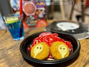neon genesis evangelion, egg omelet and yakisoba noodle, narita anime deck