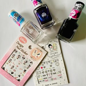nail items, 100 yen shop
