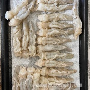 shrimps, preparing, for ebi furai