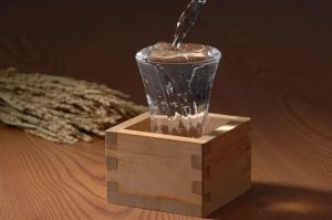 Mokkiri style, the unique sake serving way in Japan, traditional, sake, a masu cup,